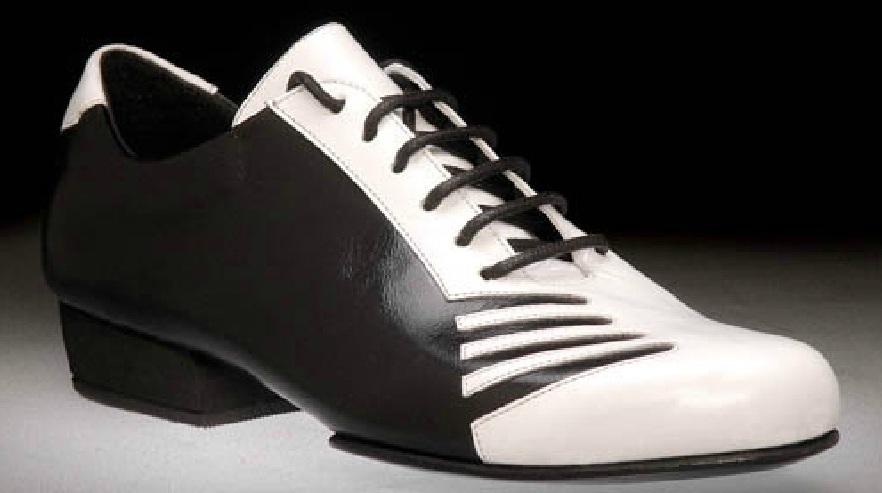 Ανδρικό παπούτσι χορού αργεντίνικου τάνγκο από μαύρο λουστρίνι και λευκό δέρμα ματ