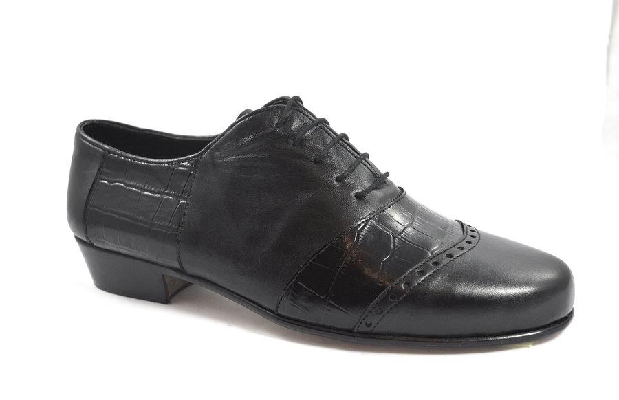 Ανδρικό παπούτσι τάνγκο από μαλακό μαύρο δέρμα ματ και μαύρο κροκό δέρμα