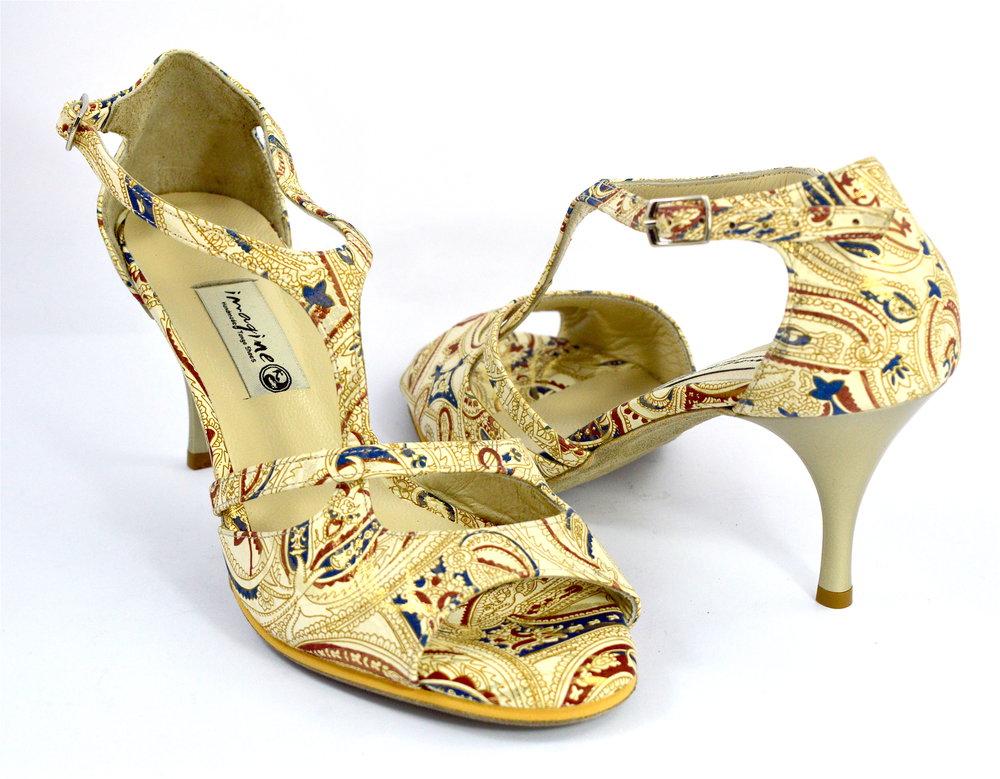 Γυναικείο παπούτσι tango open toe με λοξό λουράκι από χρυσο-μπεζ λαχούρ δέρμα