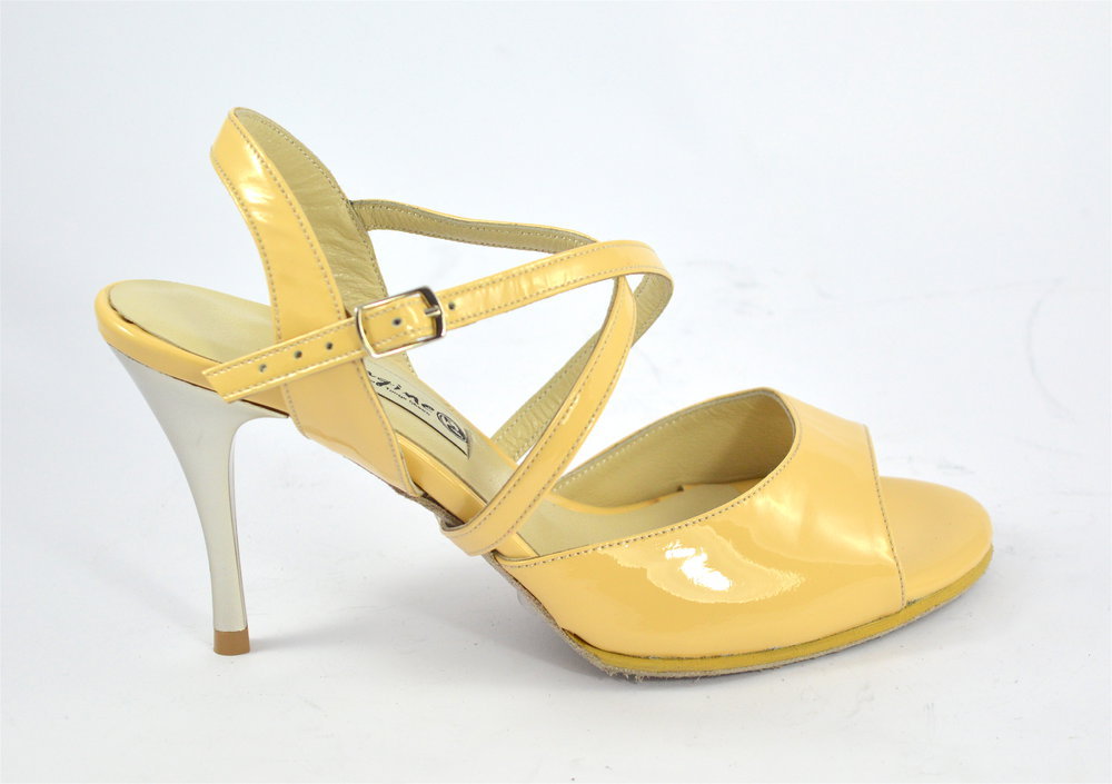 Γυναικείο παπούτσι tango open heel από μπεζ λουστρίνι