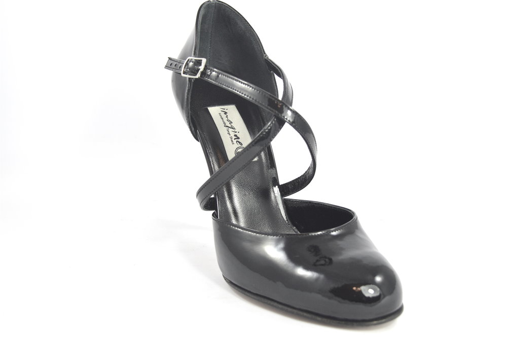06f3e3883fcef Women Argentine Tango Dance Shoes, closed toes, in black patent leather