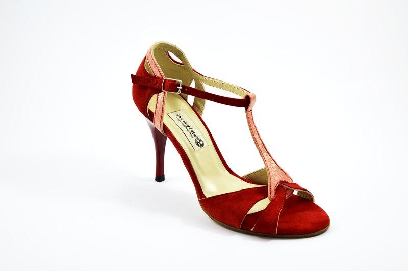 Γυναικείο παπούτσι open toe από κόκκινο σουέτ και ροζ πέρλα