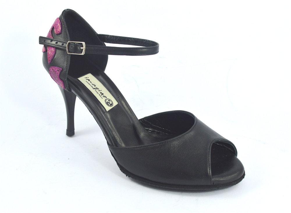 30459744934 Γυναικείο παπούτσι tango peep toe από μαύρο δέρμα και φούξια σχέδια στη  φτέρνα