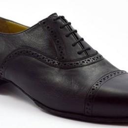 Men tango shoe by black leather